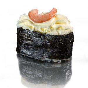 суши со сливочным сыром и коктельной креветкой